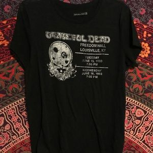 "Item: Abercrombie and Fitch ""Grateful Dead"""